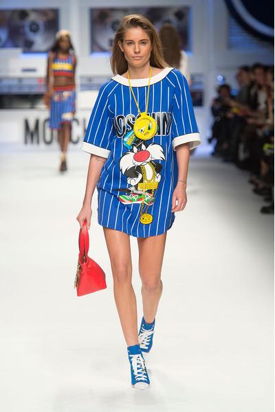 Показ Moschino на Неделе моды в Милане | галерея [2] фото [1]