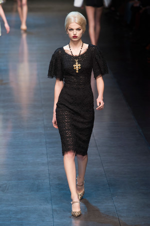Показ Dolce & Gabbana коллекции сезона Осень-зима 2013-2014 года Prêt-à-porter - www.elle.ru - Подиум - фото 524900