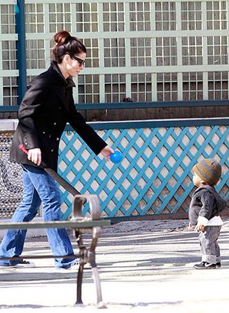 Сандра Буллок с сыном