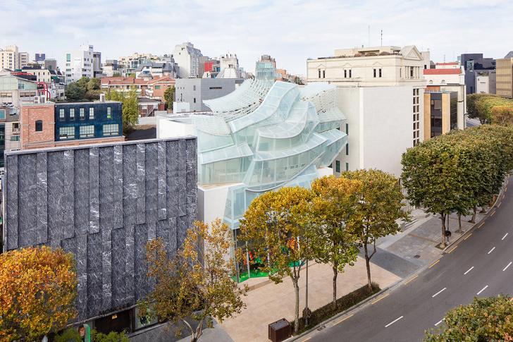 Флагманский магазин Louis Vuitton открылся в Сеуле (фото 12)