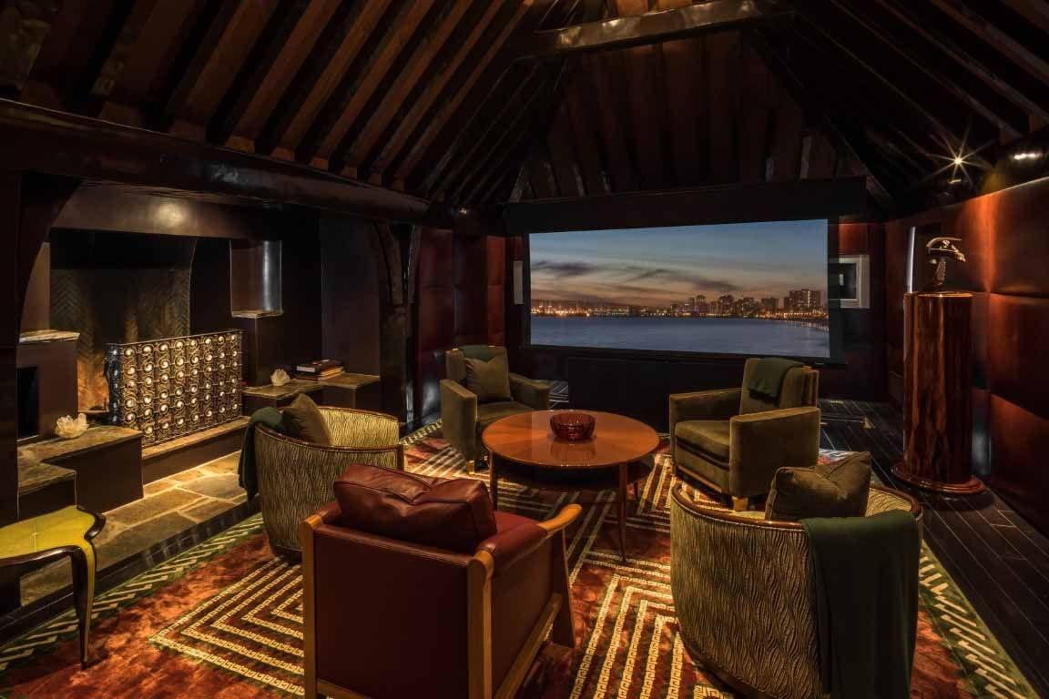 Бывший дом Брэда Питта и Дженнифер Энистон выставлен на продажу (галерея 9, фото 3)