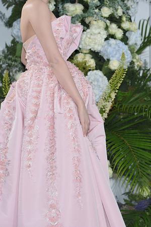 Показ Christian Dior коллекции сезона Осень-зима 2009-2010 года Haute couture - www.elle.ru - Подиум - фото 87304
