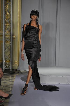 Показ Dominique Sirop коллекции сезона Осень-зима 2009-2010 года haute couture - www.elle.ru - Подиум - фото 87457