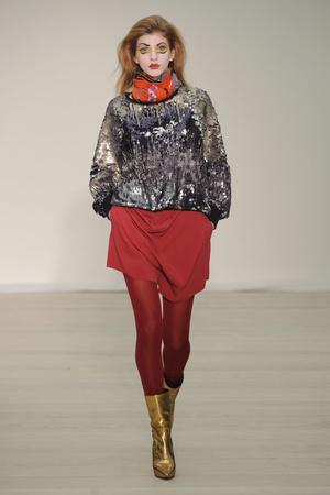 Показ Vivienne Westwood Red Label коллекции сезона Осень-зима 2013-2014 года Prêt-à-porter - www.elle.ru - Подиум - фото 502493