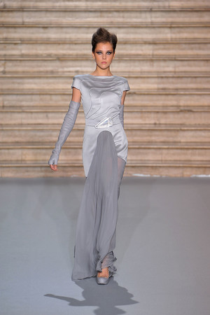 Показ Stephane Rolland коллекции сезона Осень-зима 2009-2010 года haute couture - www.elle.ru - Подиум - фото 88329
