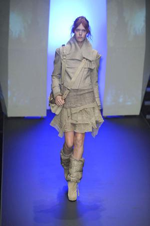 Показ CNC Costume National коллекции сезона Осень-зима 2010-2011 года prêt-à-porter - www.elle.ru - Подиум - фото 151225