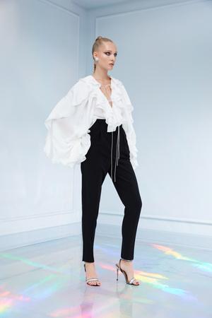 Maison Bohemique представил лукбук коллекции couture осень-зима 18/19 (фото 10.1)
