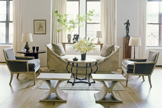 Кресла и табуреты от Жан-Мишеля Франка