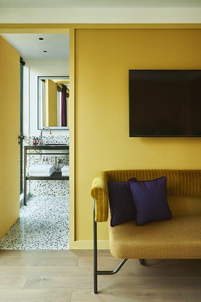 Яркий отель Le Ballu в Париже (фото 11)