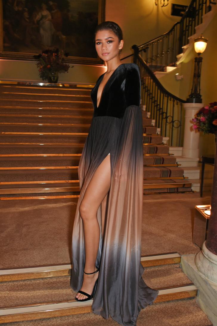 Зендайя в Elie Saab Couture, церемония вручения театральных наград Evening Standard