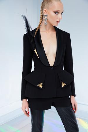 Maison Bohemique представил лукбук коллекции couture осень-зима 18/19 (фото 13.1)