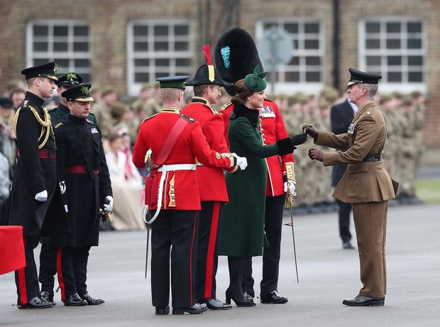 Кейт Миддлтон и принц Уильям на параде в честь Дня святого Патрика (фото 3)