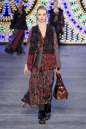 Показы мод Kenzo Осень-зима 2011-2012 | Подиум на ELLE - Подиум - фото 2141