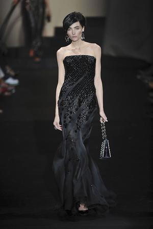 Показ Giorgio Armani Privé коллекции сезона Осень-зима 2009-2010 года haute couture - www.elle.ru - Подиум - фото 87709