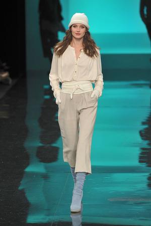 Показы мод Lacoste Осень-зима 2009-2010 | Подиум на ELLE - Подиум - фото 3225