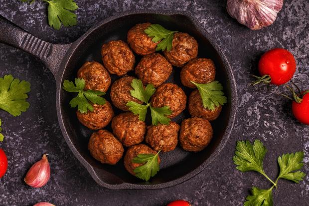 Вкус сезона: вегетарианские версии известных мясных блюд (фото 21)