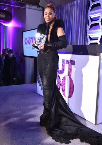 Фото дня: феноменально похудевшая Джанет Джексон на церемонии в Нью-Йорке фото [2]