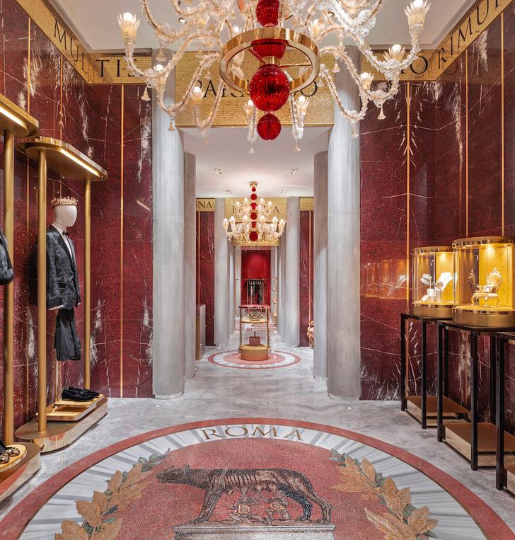 Экстравагантный бутик Dolce&Gabbana в Риме (фото 9)