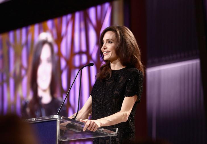 Анджелина Джоли выступила с проникновенной речью (фото 3)
