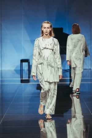 Показ Tatyana Parfionova  коллекции сезона Весна-лето 2014 года Prêt-à-porter - www.elle.ru - Подиум - фото 573244