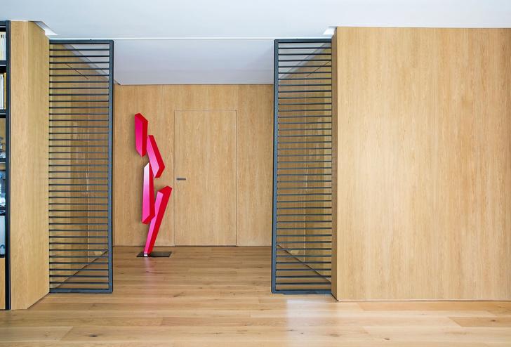 Современная квартира с яркими акцентам в центре Мадрида (фото 9)