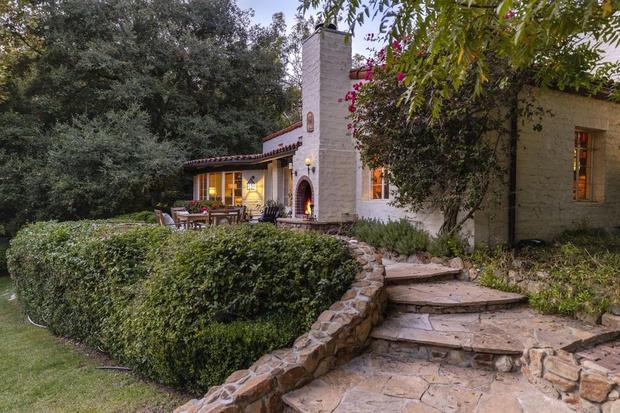 Бывший дом Кэтрин Хэпберн в Голливуде выставлен на продажу (фото 5)