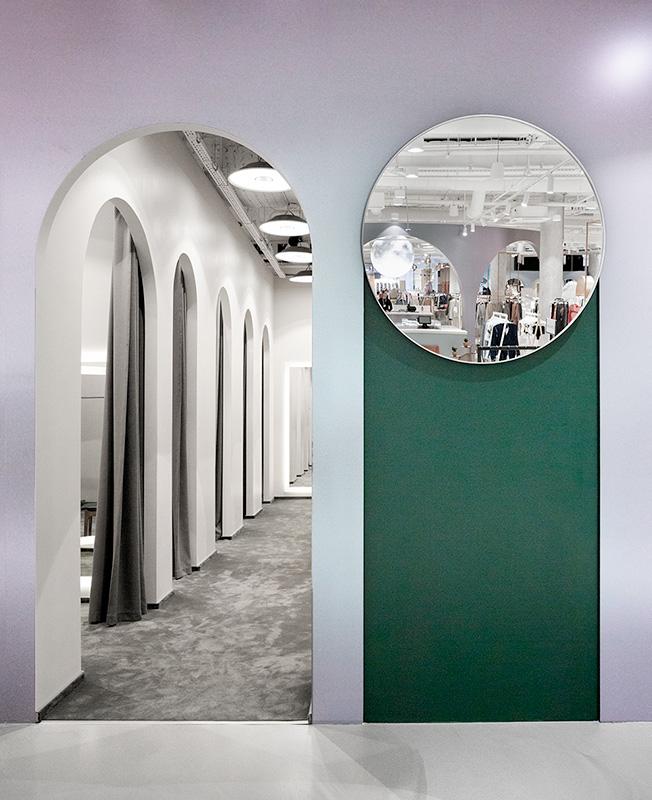 Как выглядят пространства успешных fashion-брендов в России (галерея 6, фото 2)