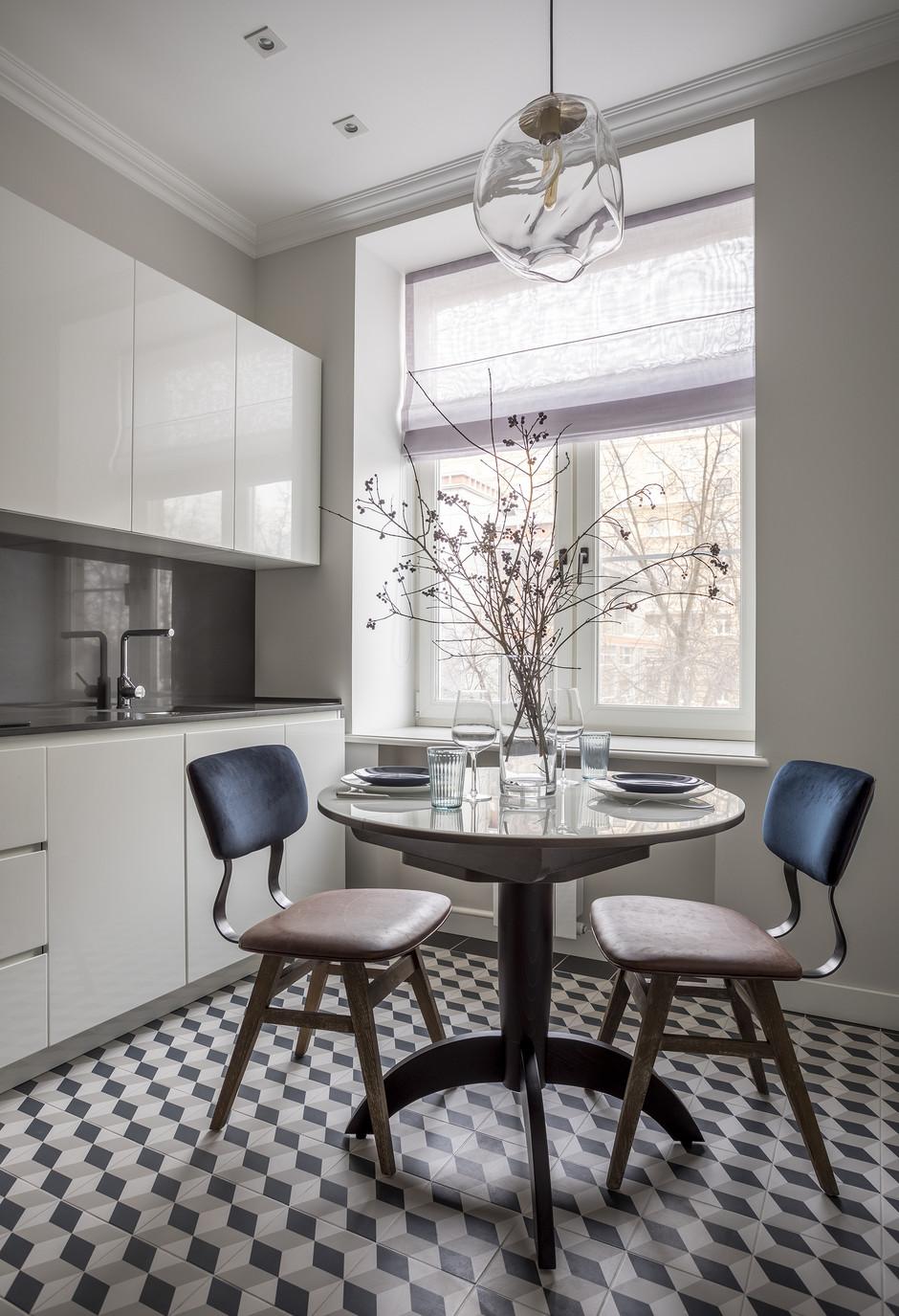 35 проектов кухонь в маленьких квартирах (галерея 0, фото 12)