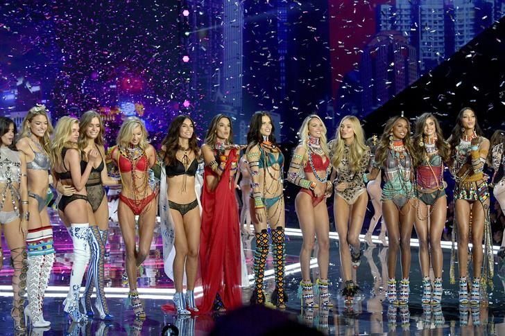 Как повторить укладки «ангелов» Victoria's Secret с показа в Шанхае? (фото 1)