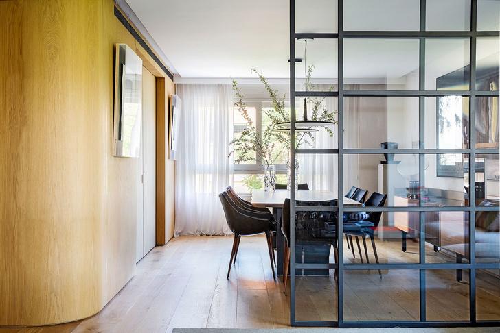 Современная квартира с яркими акцентам в центре Мадрида (фото 6)