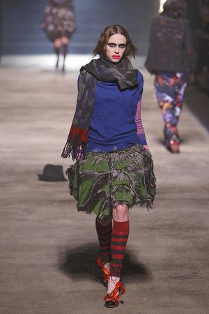 Показ Vivienne Westwood коллекции сезона Осень-зима 2010-2011 года prêt-à-porter - www.elle.ru - Подиум - фото 155623