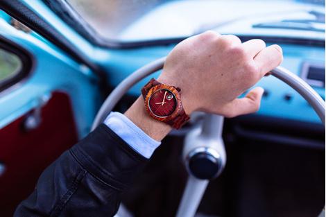 Деревянные наручные часы от AB AETERNO