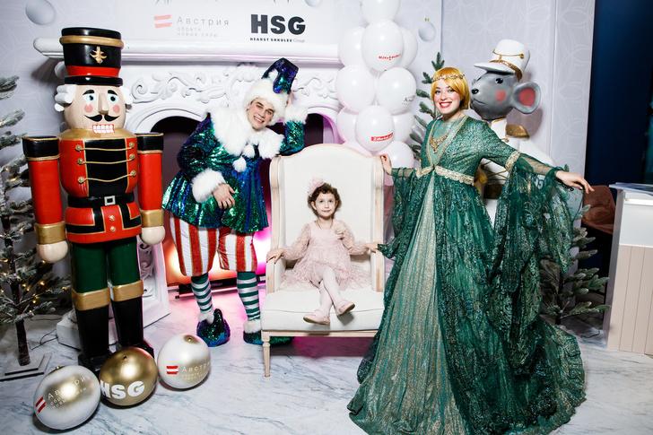 Детская новогодняя елка Hearst Shkulev Group (фото 0)