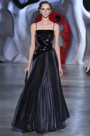 Показ Ulyana Sergeenko коллекции сезона Осень-зима 2014-2015 года haute couture - www.elle.ru - Подиум - фото 584980