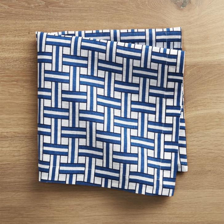 Риз Уизерспун выпустила коллекцию посуды и текстиля (фото 7)