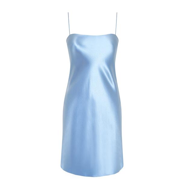 Главная покупка будущей весны: голубое платье (фото 14)