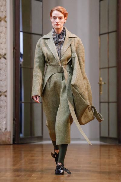 Показ Victoria Beckham в Нью-Йорке (галерея 1, фото 0)