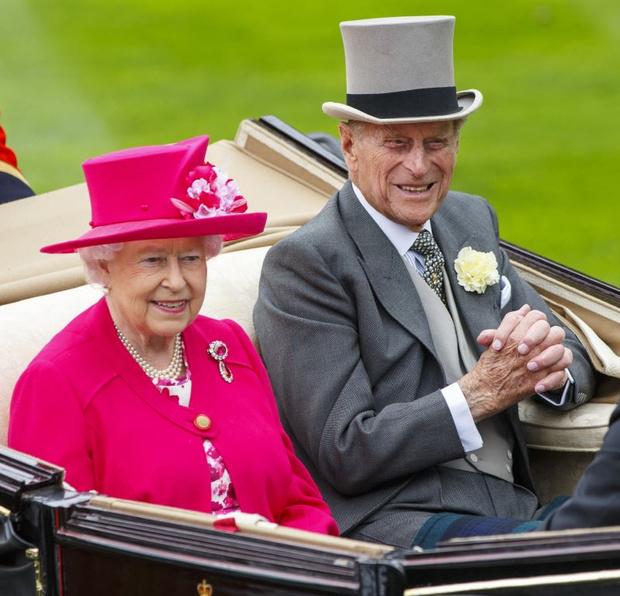 Королева Елизавета II и принц Филип