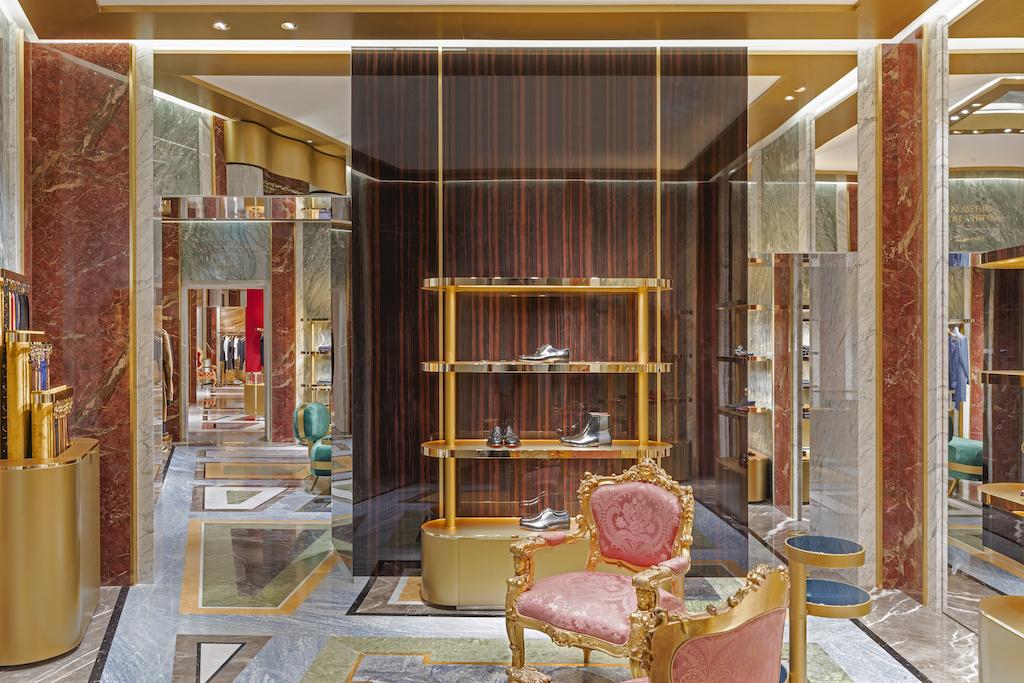 Экстравагантный бутик Dolce&Gabbana в Риме (галерея 14, фото 1)