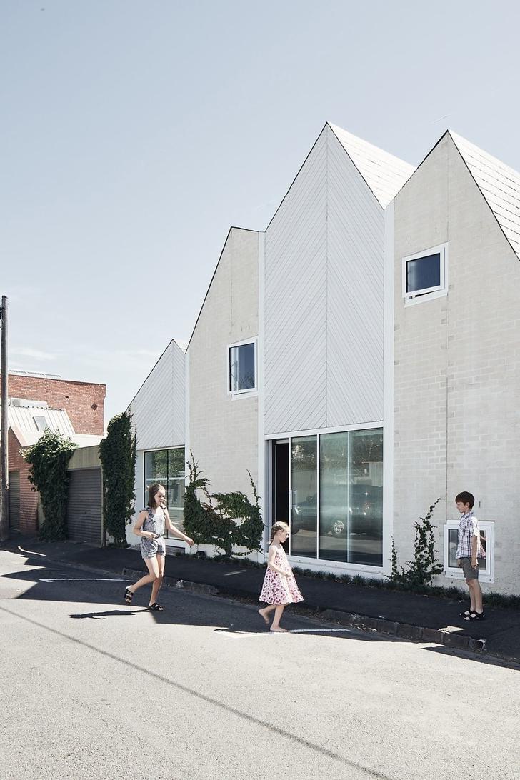 Таунхаус для семьи с тремя детьми в Мельбурне (фото 0)