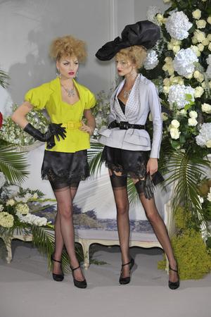 Показ Christian Dior коллекции сезона Осень-зима 2009-2010 года Haute couture - www.elle.ru - Подиум - фото 87318