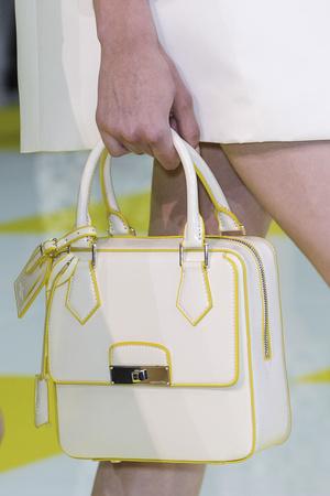 Показ Louis Vuitton коллекции сезона Весна-лето 2013 года prêt-à-porter - www.elle.ru - Подиум - фото 465235