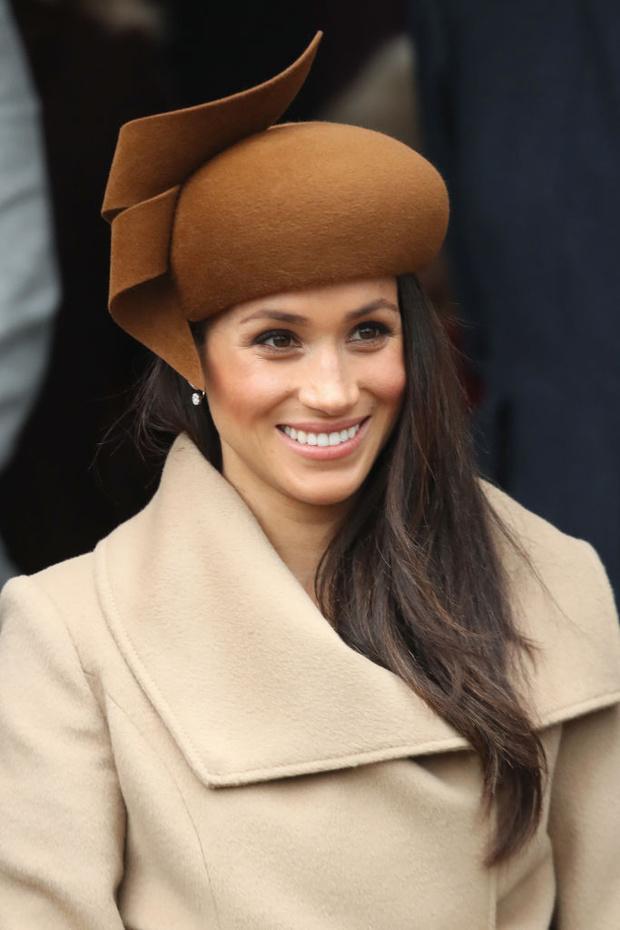 Пошаговая инструкция: косметолог Меган Маркл рассказала, как герцогиня ухаживает за кожей лица (фото 5)
