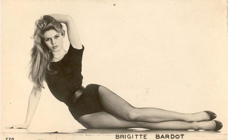 Что ввела в моду Брижит Бардо? фото [9]