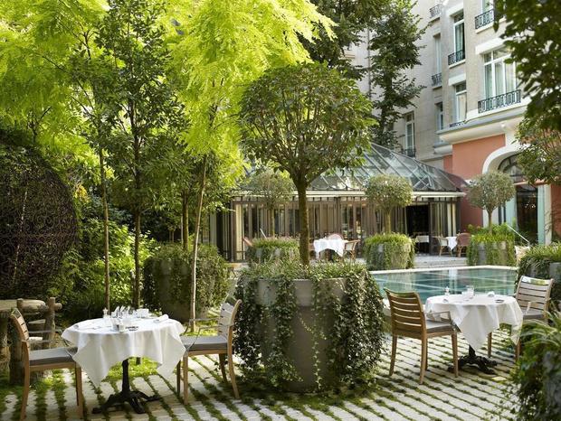 Зеленый оазис: топ-10 отелей с живописными садами (фото 40)