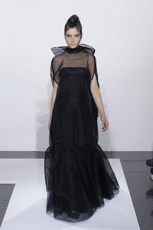 Показ Valentino коллекции сезона Осень-зима 2010-2011 года haute couture - www.elle.ru - Подиум - фото 168361