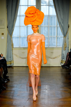 Показ Alexis Mabille коллекции сезона Весна-лето 2012 года Haute couture - www.elle.ru - Подиум - фото 330162