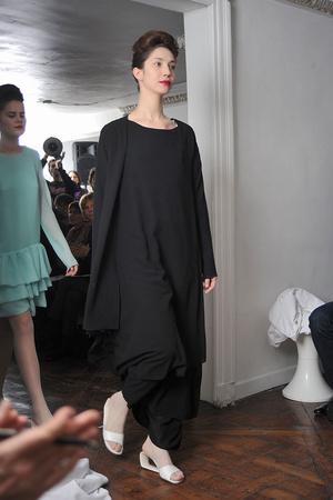 Показ Adeline Andre коллекции сезона Весна-лето 2009 года Haute couture - www.elle.ru - Подиум - фото 86147