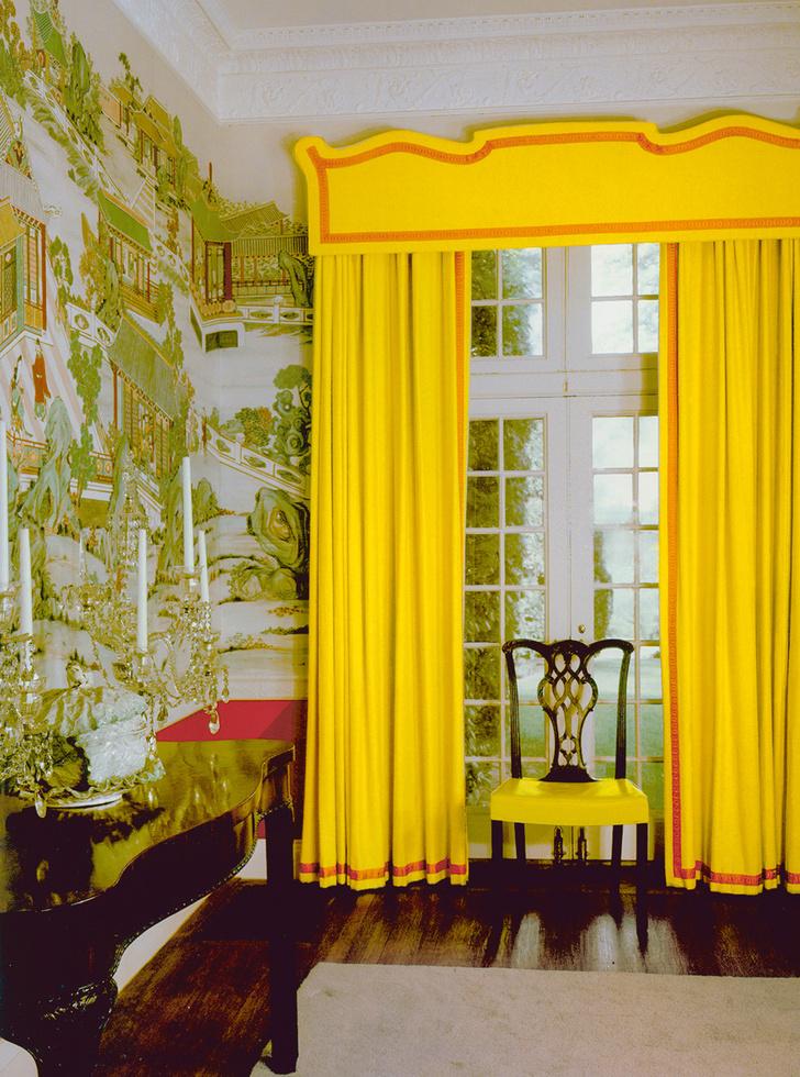 Фрагмент столовой в доме Джеймса Донахью на Лонг-Айленде, конец 1950-х годов.