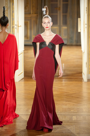 Показ Alexis Mabille коллекции сезона Осень-зима 2012-2013 года haute couture - www.elle.ru - Подиум - фото 403454